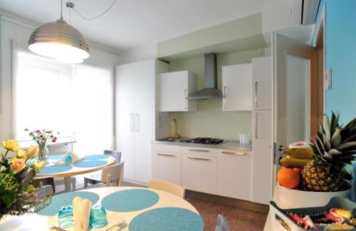 Cucina e Sala da pranzo Stop&Sleep Udine Fronte Stazione