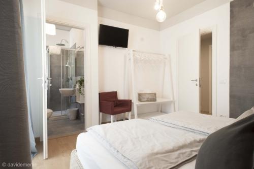 Camera Ravenna con bagno privato - Sleep In Udine