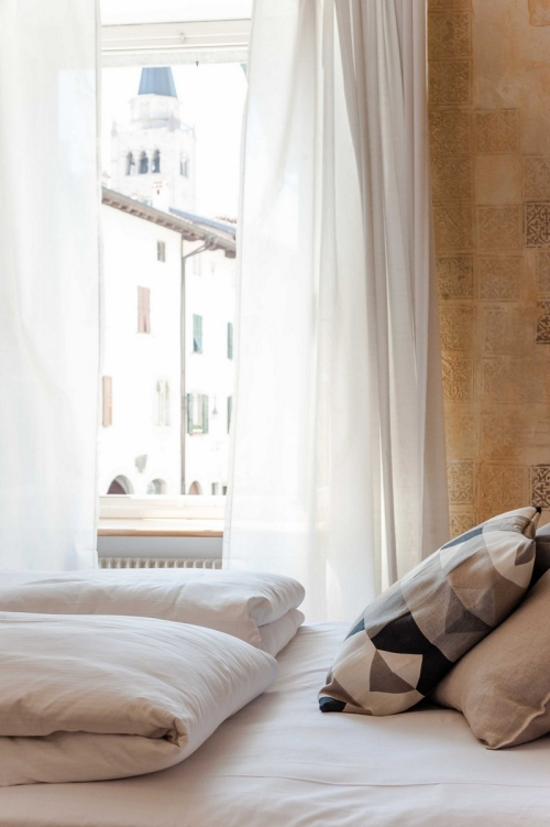 Finestra Camera del Doge b&b Stop&Sleep Venzone